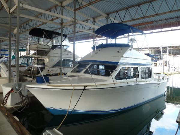 Commander Boats 30