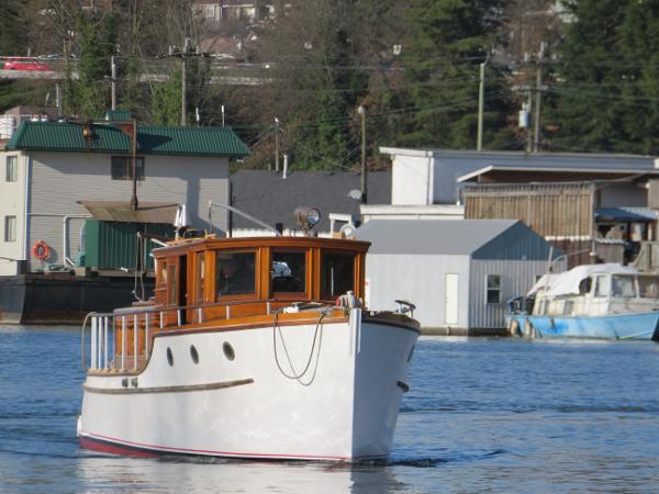 Custom 36 Pilothouse