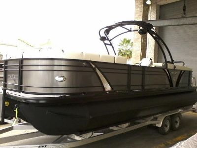 Veranda VP25RCT Luxury Tri-Toon