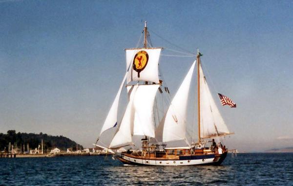 American Marine Staysail Ketch MIRAKA
