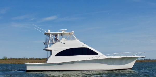 Ocean Yachts 52 Super Sport Profile