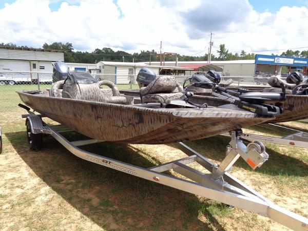 Xpress Boats Xplorer Bass Series XP180