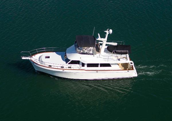 Ocean Alexander Sedan Classico