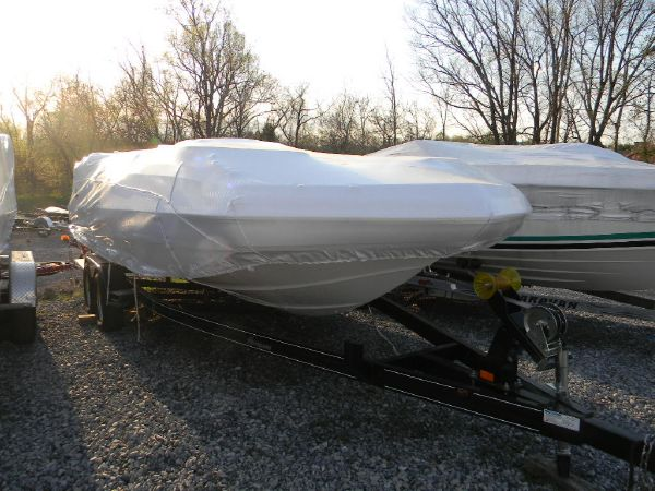 Hurricane SunDeck Sport 231 OB Still In Factory Wrap, Platinum Hull Sides !!