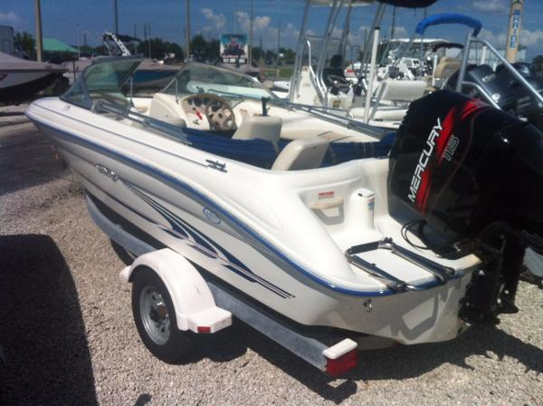 Sea Ray 172 Bowrider