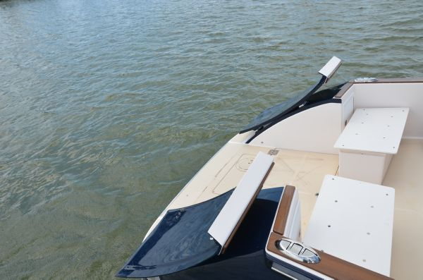 Tailgate Transom Open