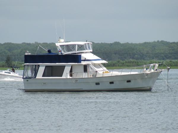 Golden Star 46 Sedan Trawler Island Time