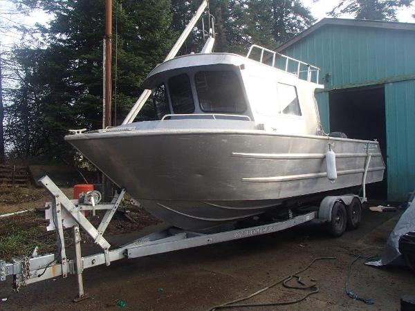 Wolf Boats West Coast Cruiser