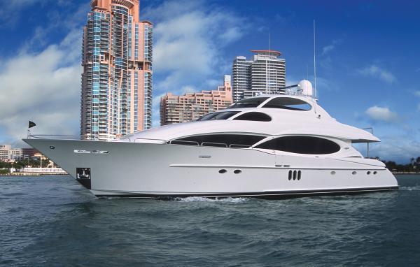 Lazzara Motor Yacht