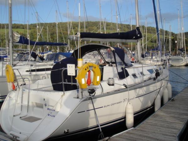 Jeanneau Sun Odyssey 37 Photo 1