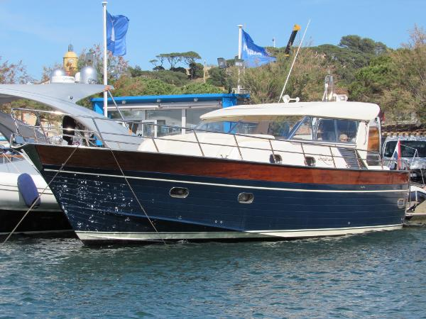 Apreamare 12m semi cabin