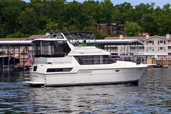 Carver 390 Aft Cabin Motoryacht