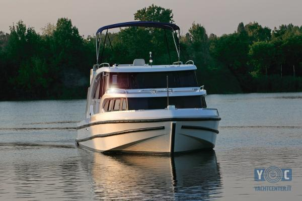 Houseboat House Boat Minuetto 45 def43small