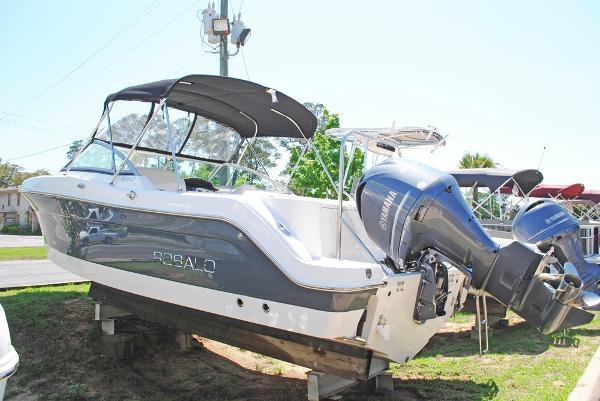 Robalo 247 Dual Console B8929-2016_ROBALO_247_ DUAL_CONSOLE_SIDE_VIEW