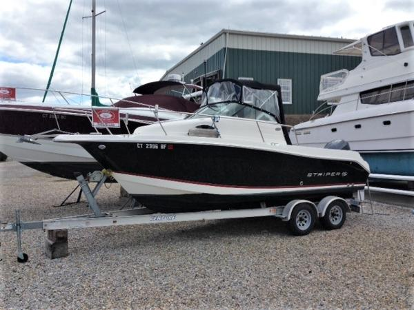 Seaswirl Striper 2101 Walkaround