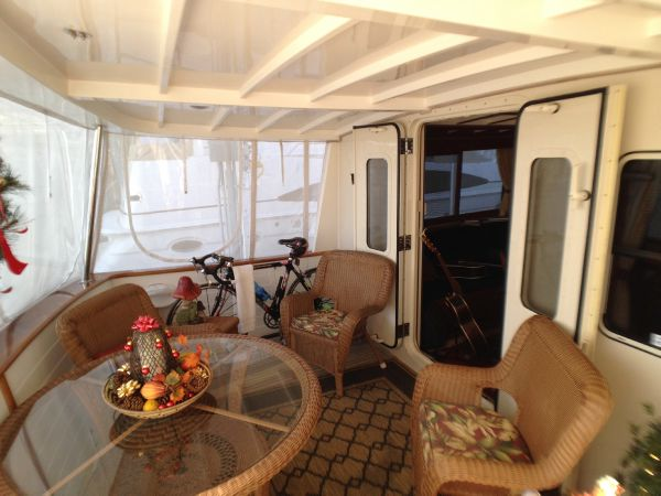 Enclosed Aft Deck