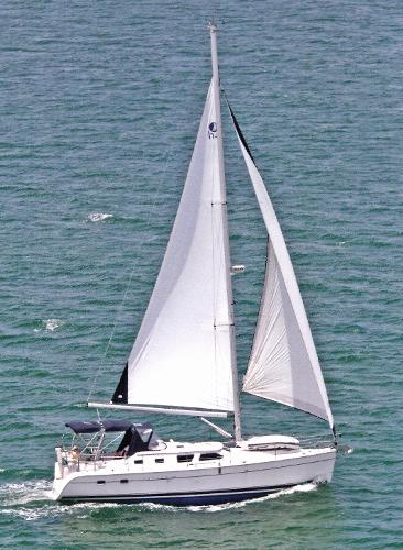"Hunter 41 Deck Salon ""Days and Nites"" under sail"
