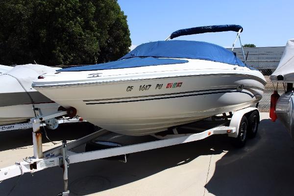 Sea Ray 200 Bow Rider