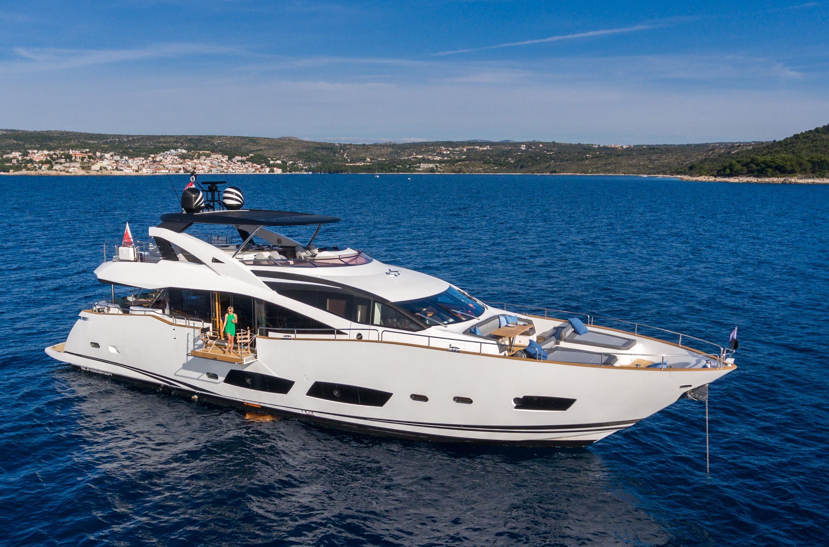 Sunseeker 28 Metre Yacht Sunseeker 28 metre for sale