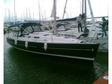 Beneteau Oceanis Clipper 323 BENETEAU OCEANIS CLIPPER 323