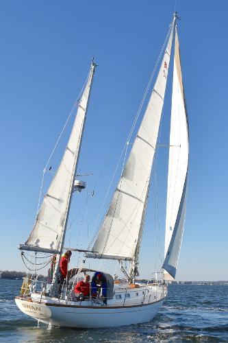 Migrator Yachts Block Island 40