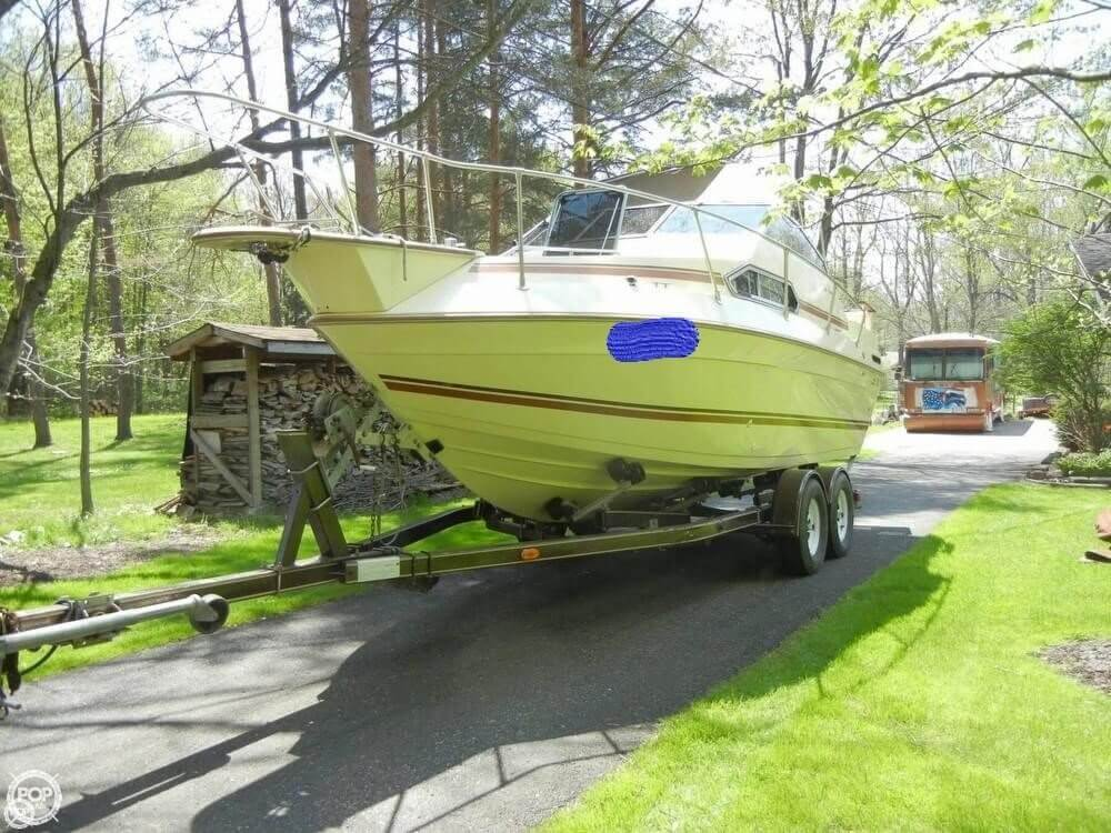 Sun Runner 220 SB 1985 Sun Runner 220SB for sale in Chagrin Falls, OH