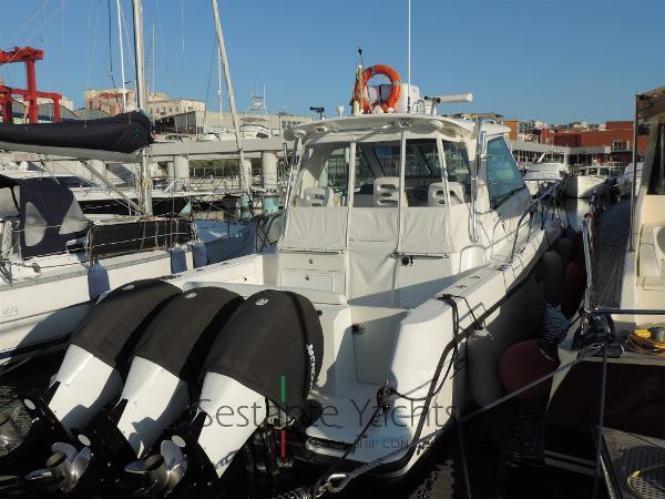 Boston Whaler 345 Conquest DSCN1963