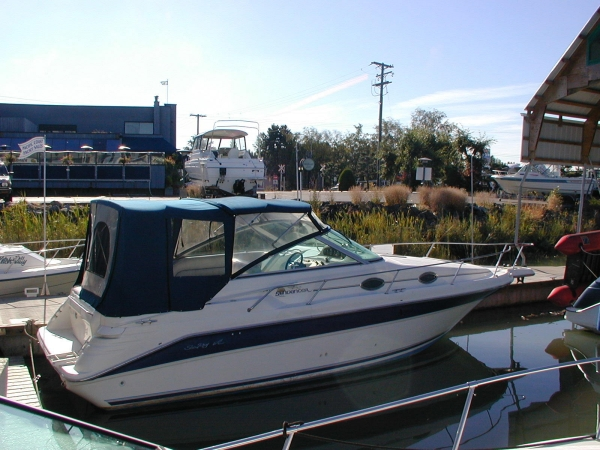 Sea Ray 270 Sundancer Photo 1