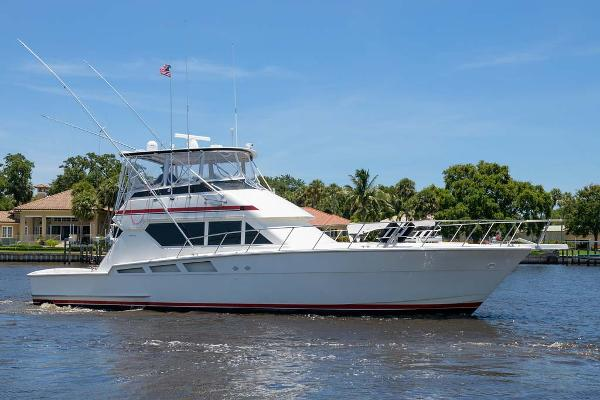 Hatteras 54 Convertible Profile