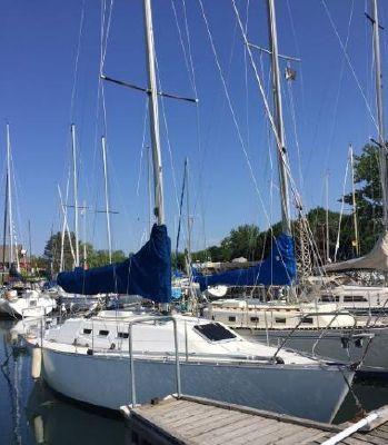 Canadian Sailcraft CS 30
