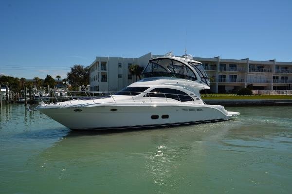 Sea Ray 52 Sedan Bridge Port Profile
