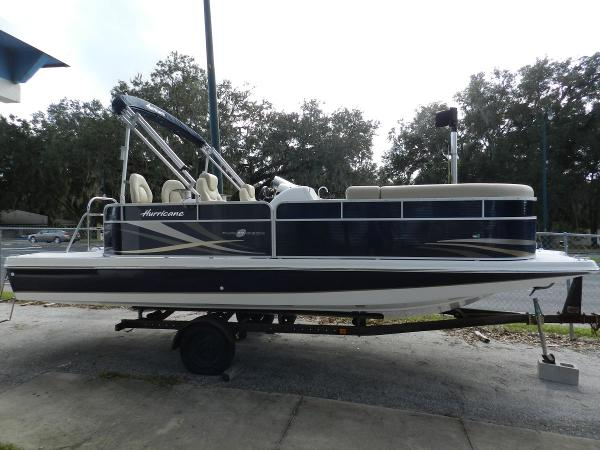 Hurricane FunDeck 236