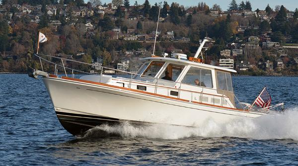 Grand Banks Eastbay 38HX