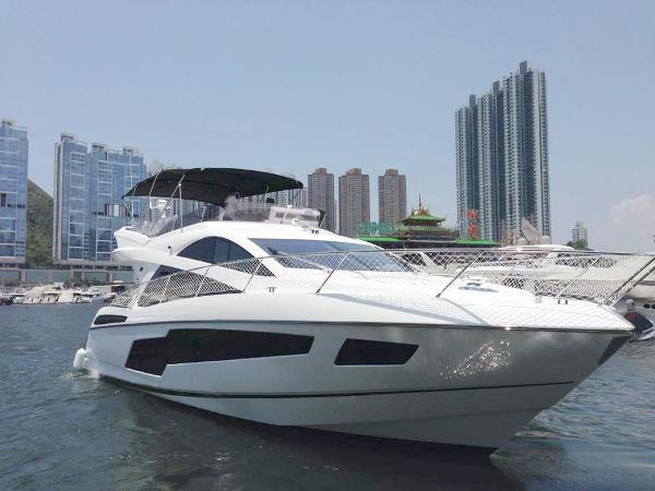 Sunseeker Manhattan 55 Motor Yacht Sunseeker Manhattan - Profile