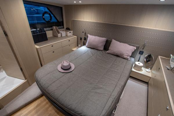 Princess V48 Open - Master Cabin