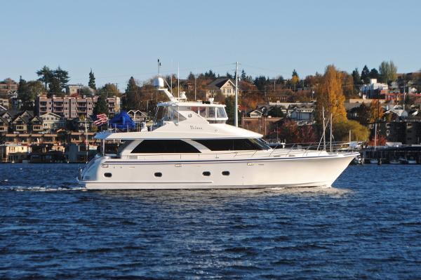 Ocean Alexander Pilothouse ALL-IN on Lake Union