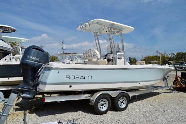Robalo 246 Cayman 2017-Robalo-246-Cayman-Bay-Boat-for-sale