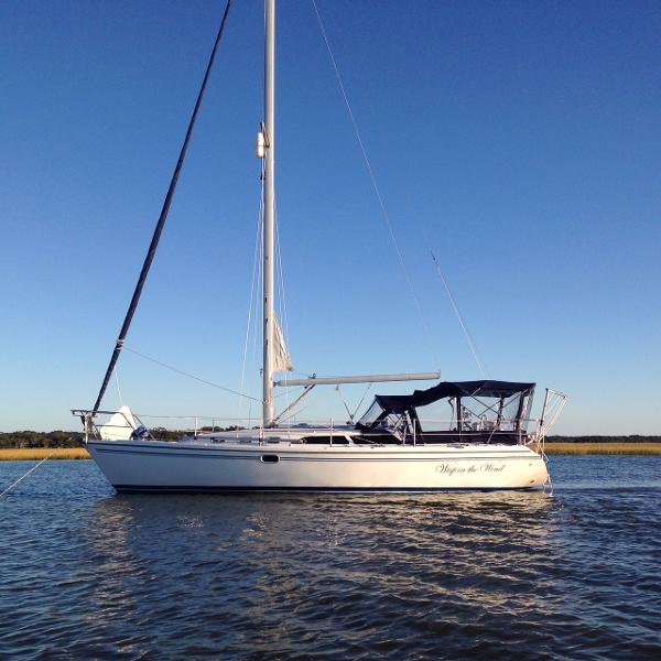 Catalina 34 MkII Wisp in the Wind