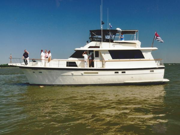 Hatteras 53 Extended Deckhouse Motor Yacht Profile Photo