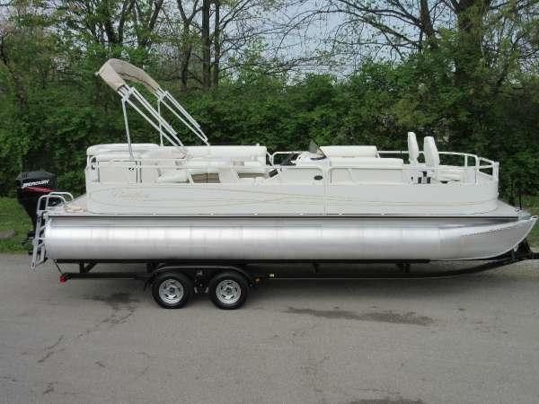 Encore Boat Builders 240 FISH RE