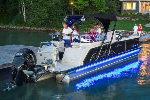 Tahoe Vision Entertainer - 27'