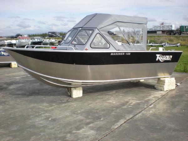 Raider Mariner 188