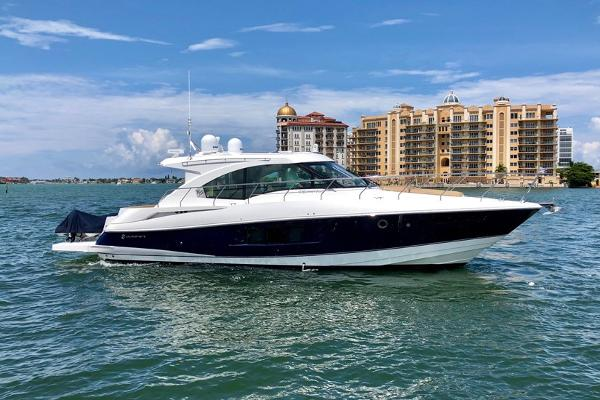 Cruisers Yachts 45 Cantius 2015 Cruisers 45 Cantius - On Plane