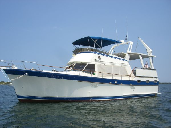 Sea Ranger SUNDECK TRAWLER Photo 1