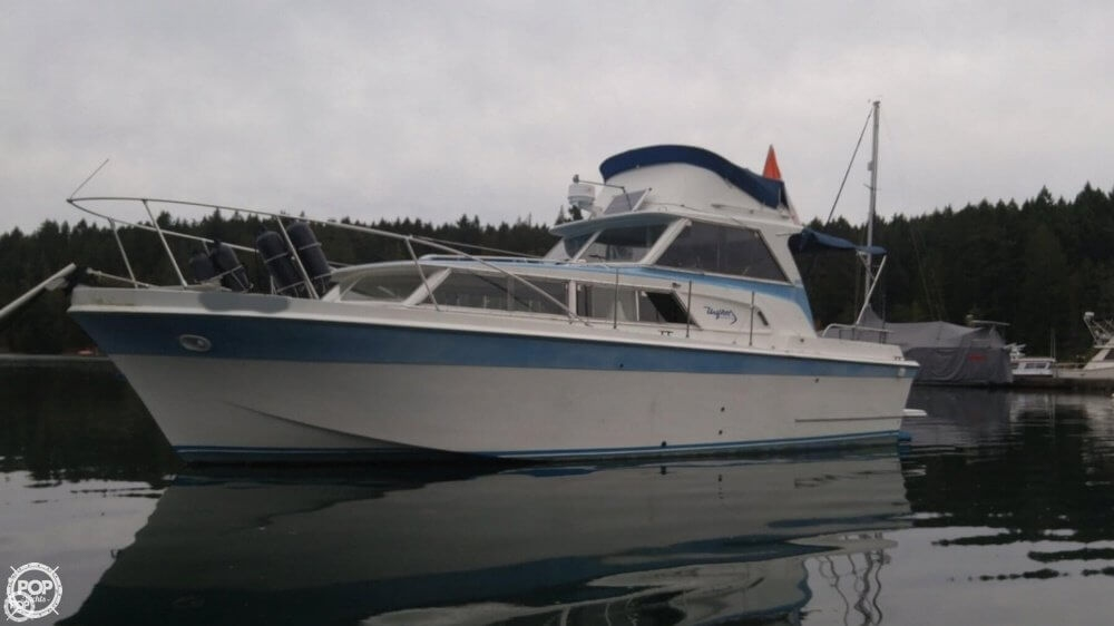 Uniflite 31 Sedan 1968 Uniflite 31 for sale in Salt Spring Island, BC