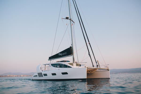 Xquisite Yachts X5 SAIL Hull 008