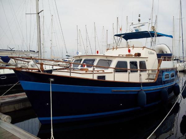 Custom Gladstone Lyall & Co. Trawler Aquila Queen 35 Aquila Queen 35 msp364211 1