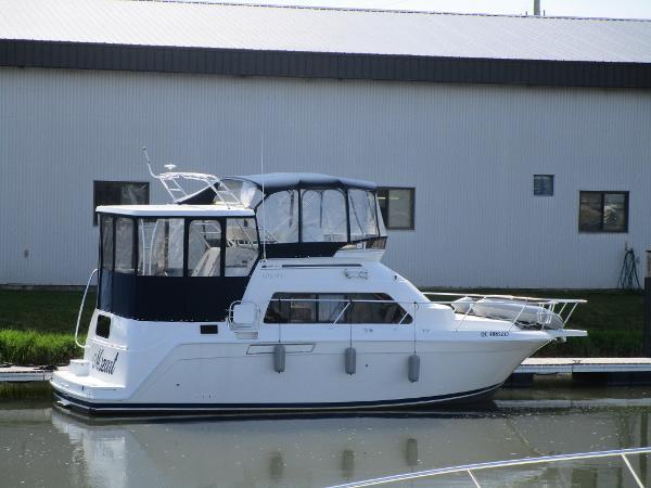 Mainship 34 Motor Yacht