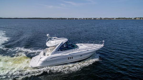 Cruisers Yachts 420 Express Starboard Profile Drone