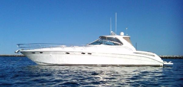 Sea Ray 540 Sundancer 540 Sundancer, port beam